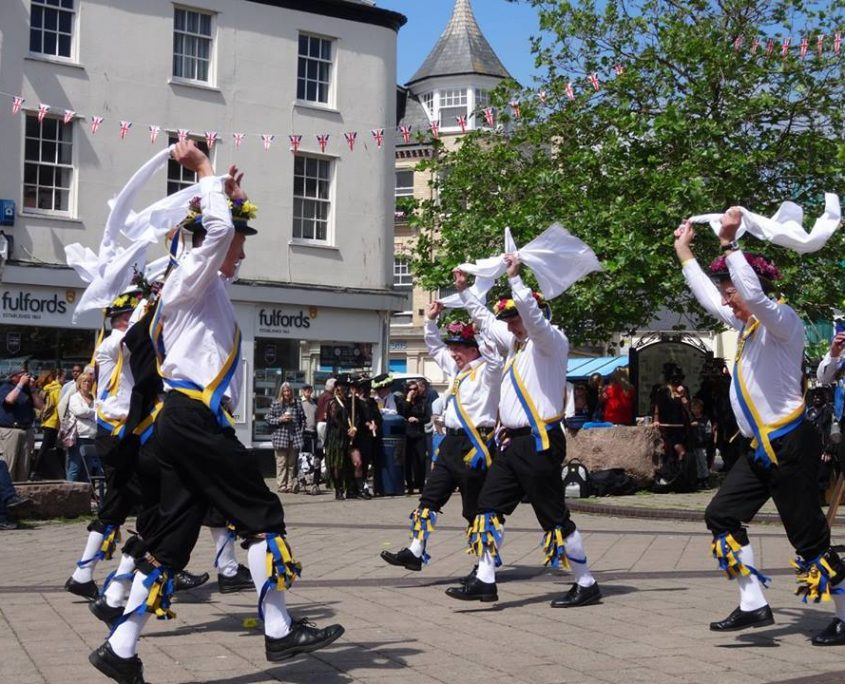 Yateley Morris Men